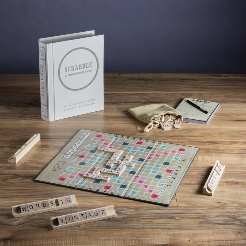 Scrabble Vintage Bookshelf Edition-2