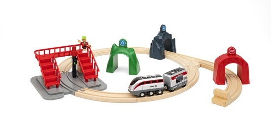Brio Smart Engine Set w/Action Tunnels-2