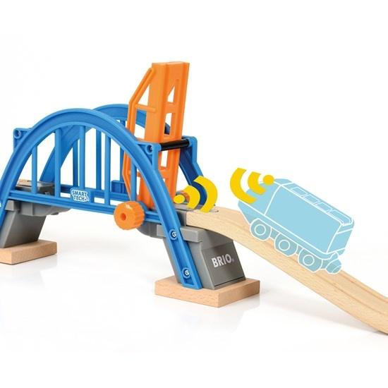 Brio Smart Lifting Bridge-2
