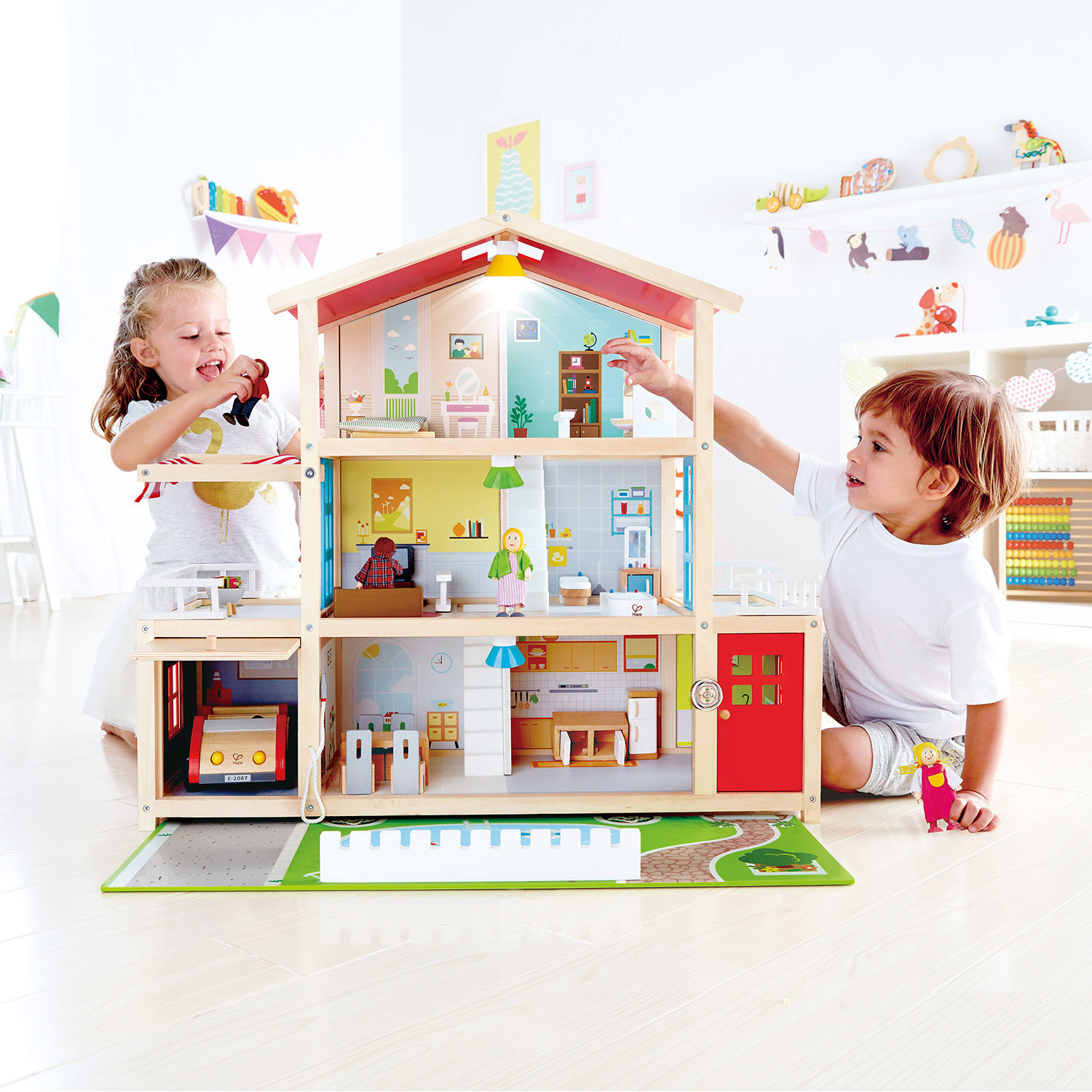 Hape Doll Family Mansion-1