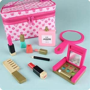 Petite Miss Vanity Case-2