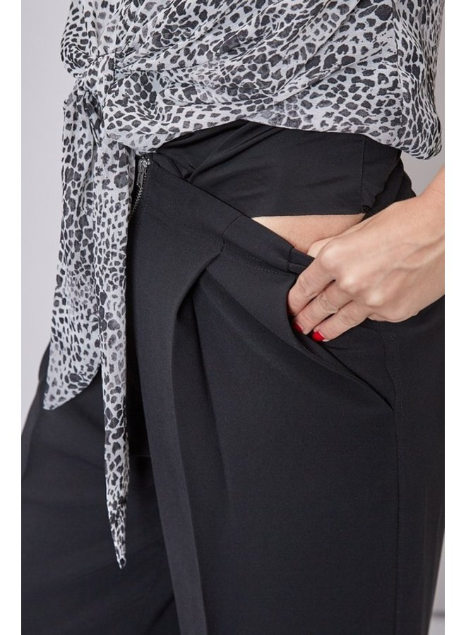 Leopard Tie-Front Bodysuit