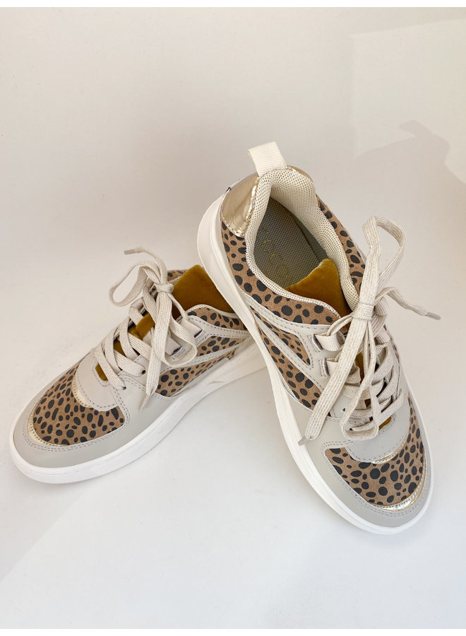 Behave Sneaker
