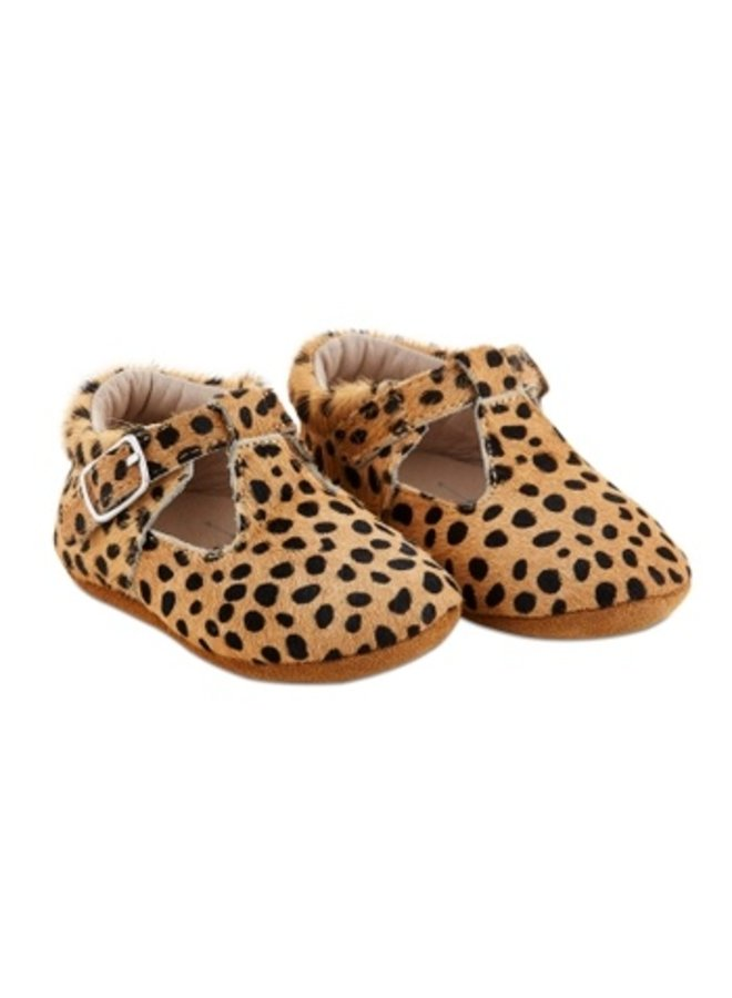 Soft-Sole Leopard Leather Shoes
