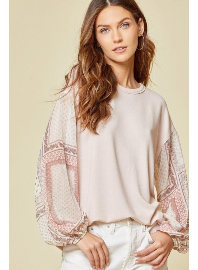 Patterend Sleeve Blouse