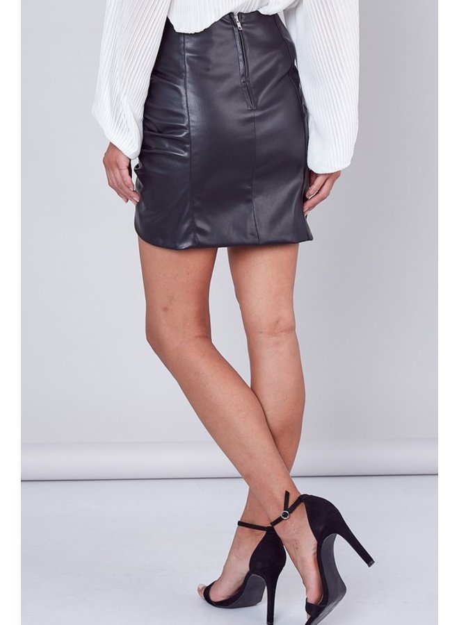 Ruched Detail Faux Leather Skirt