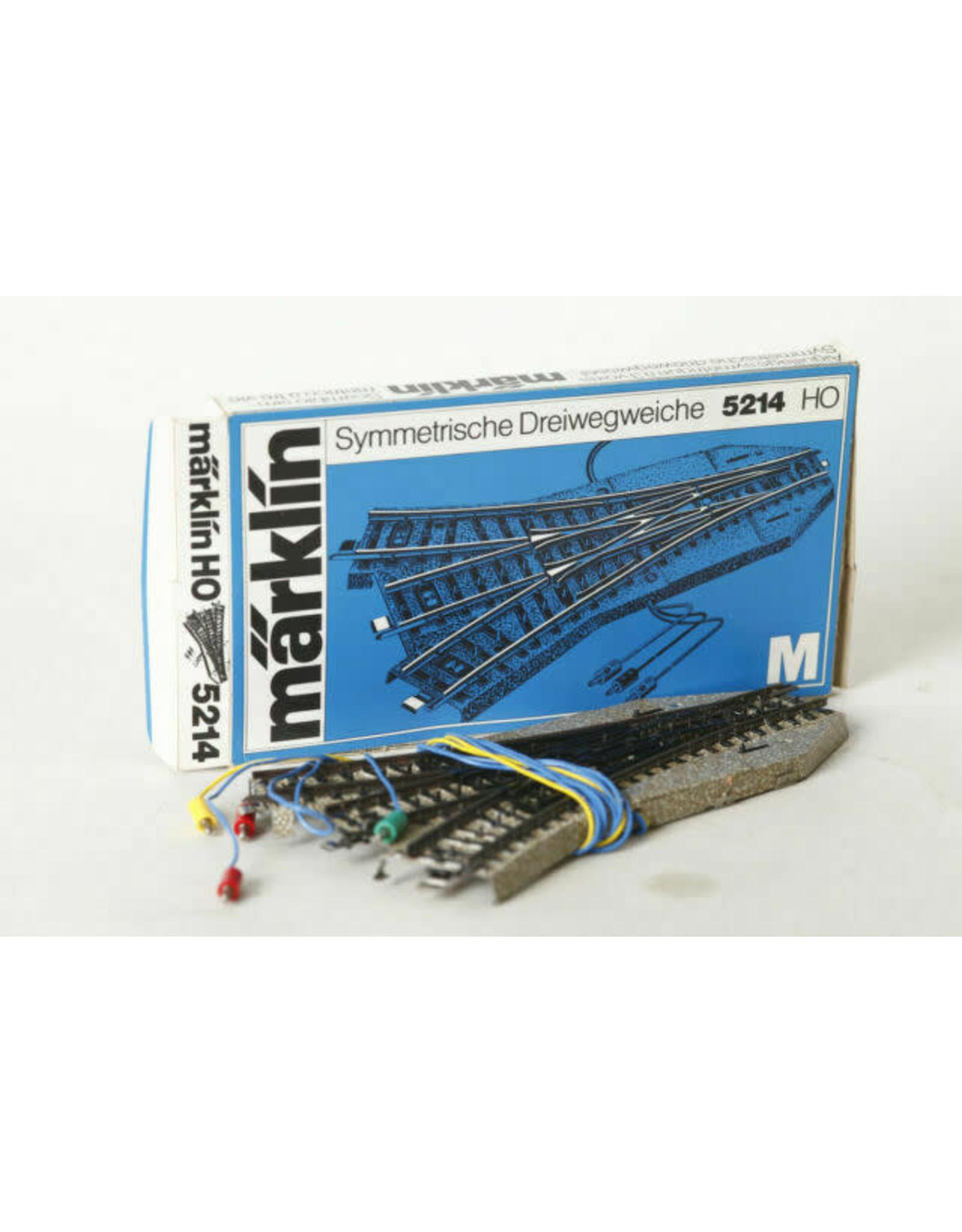 Marklin Marklin HO Part 5214 M Track Symmetrical Three Way Turnout Solenoid Operated