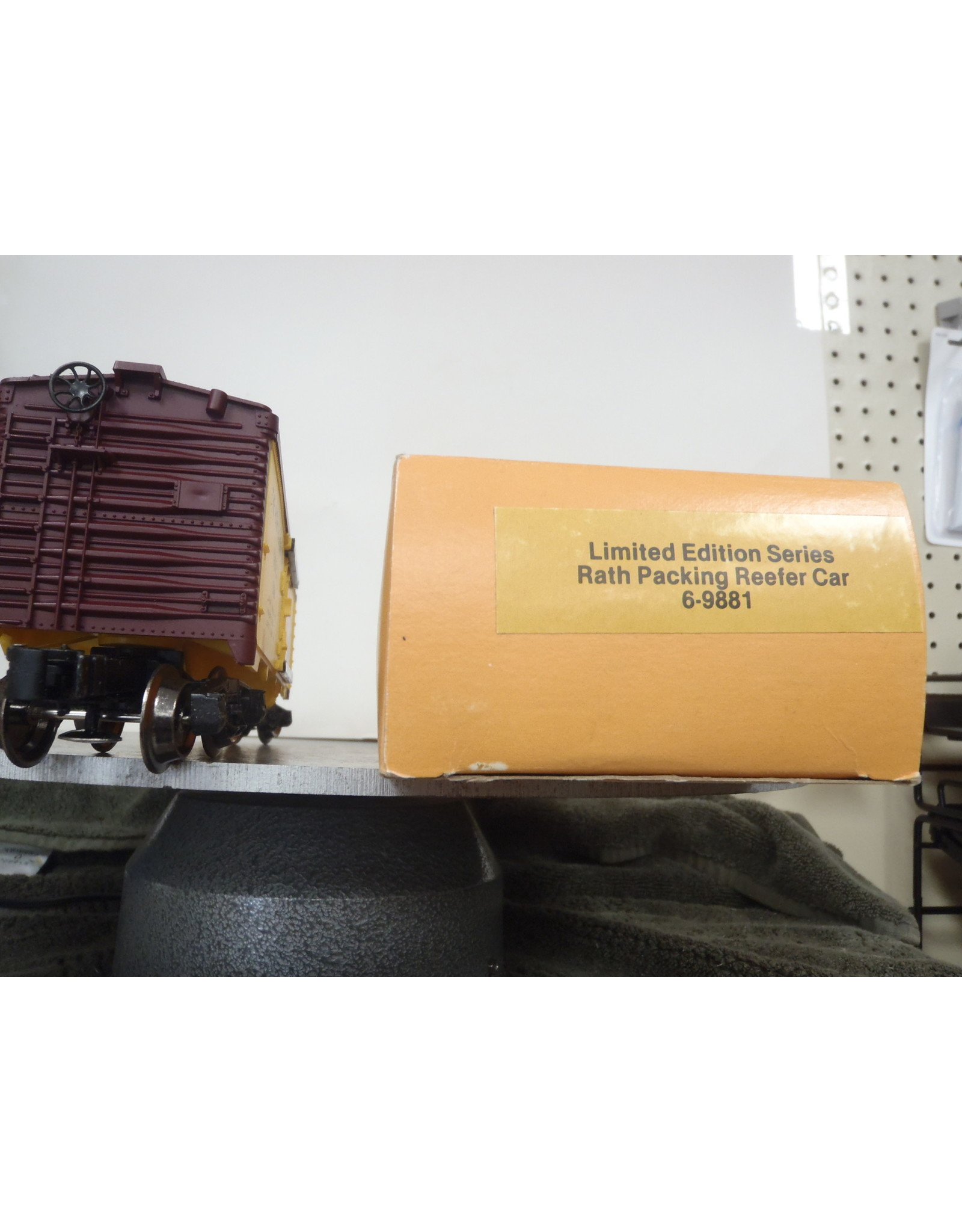 Lionel Reefer Rath Packing Limited Edition 9891