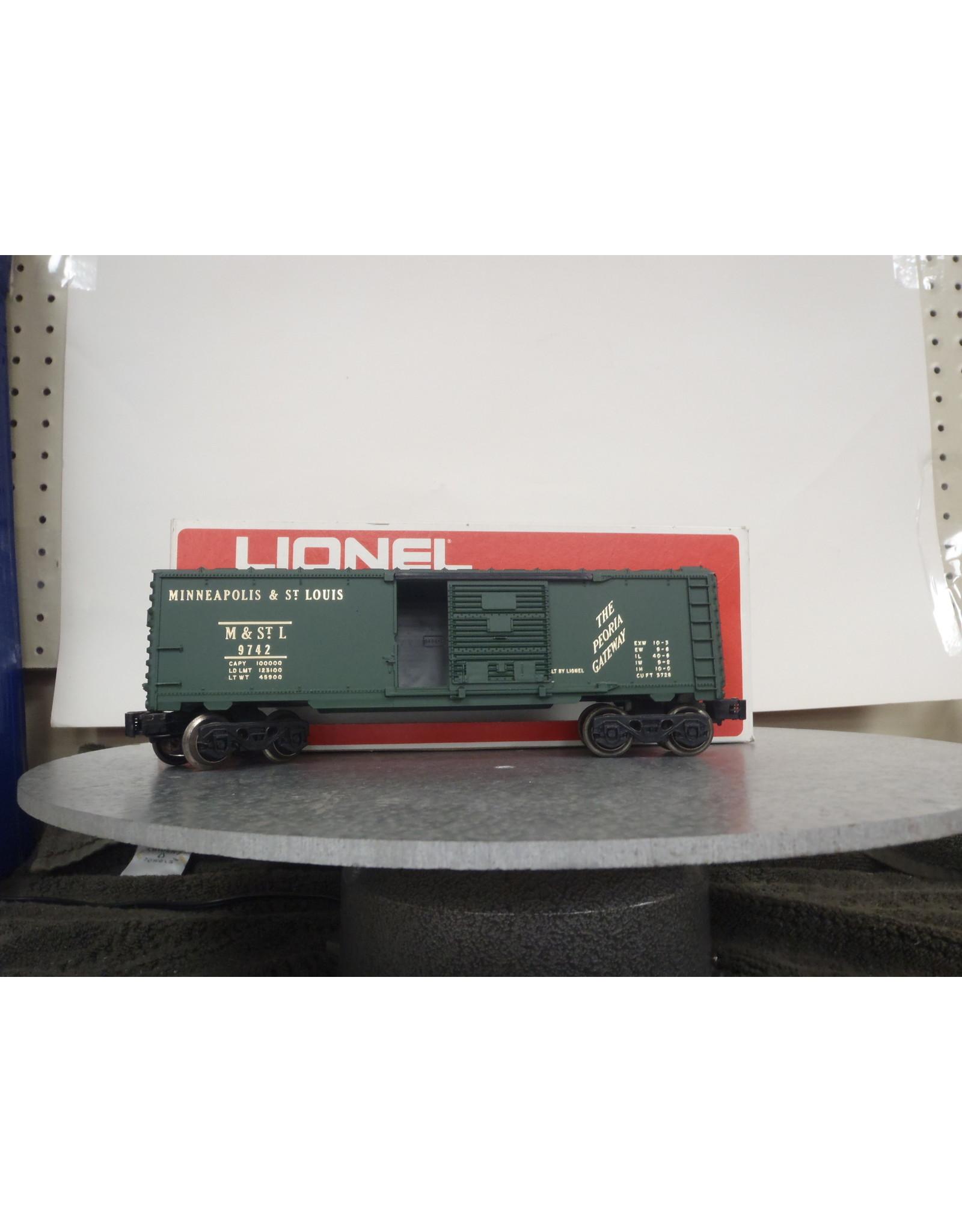 Lionel Boxcar Minn & St Louis 9742