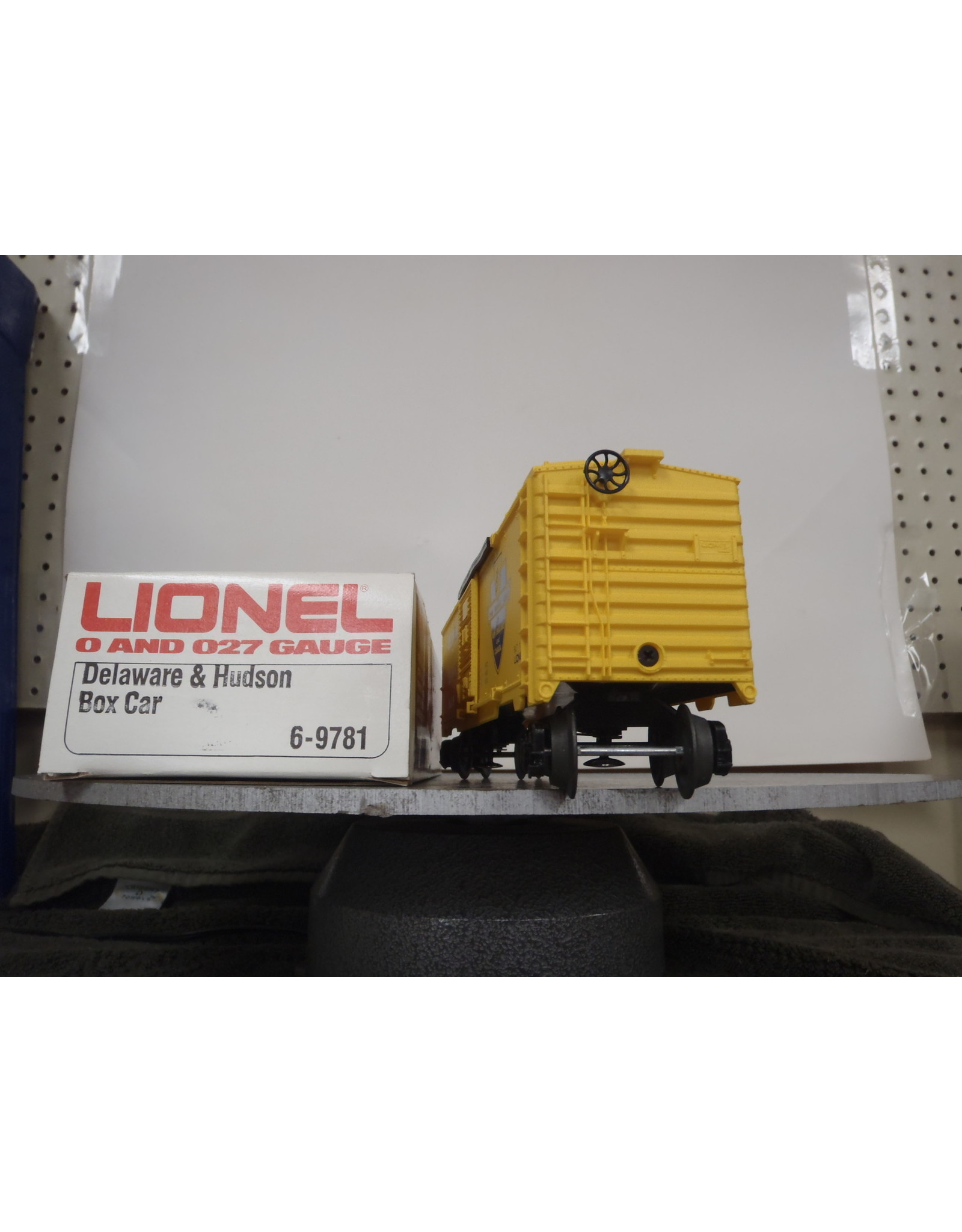 Lionel Boxcar Delaware and Hudson 9781
