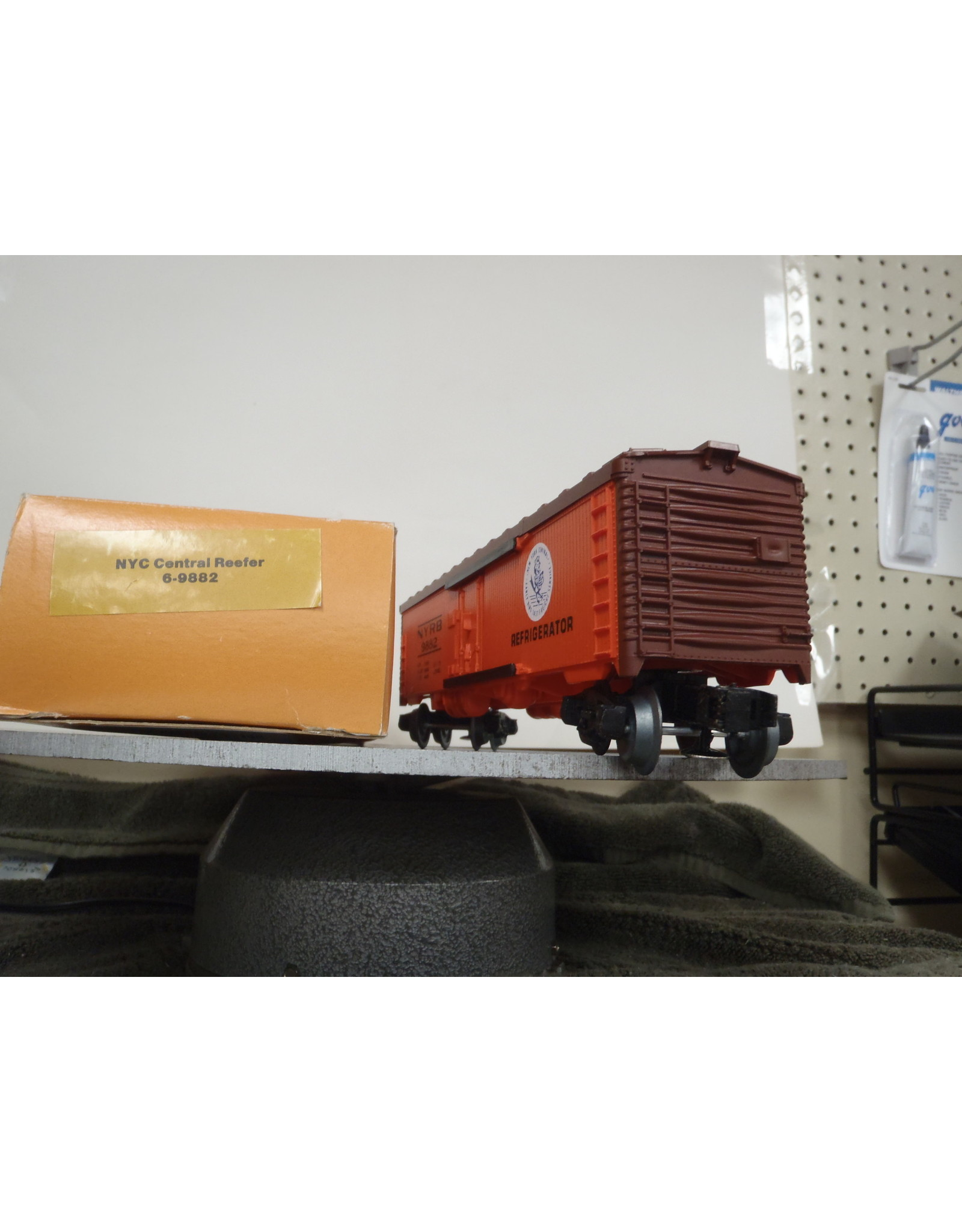Lionel Reefer NYC Central Limited Edition 9882