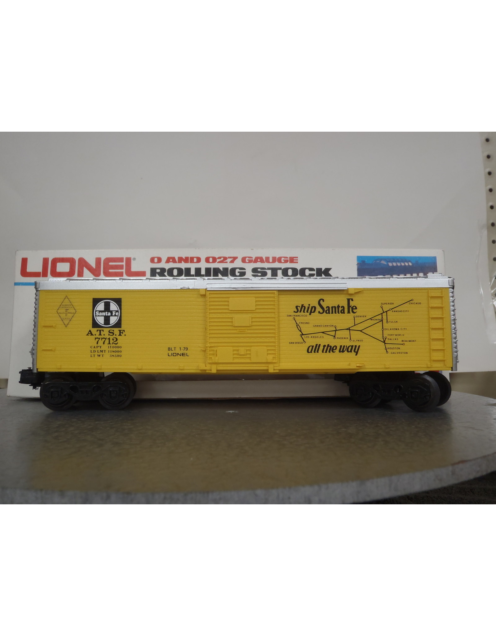 Lionel Boxcar ATSF 7712