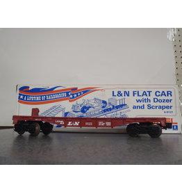 Lionel Flatcar w/Dozer and Scraper L&N 9121