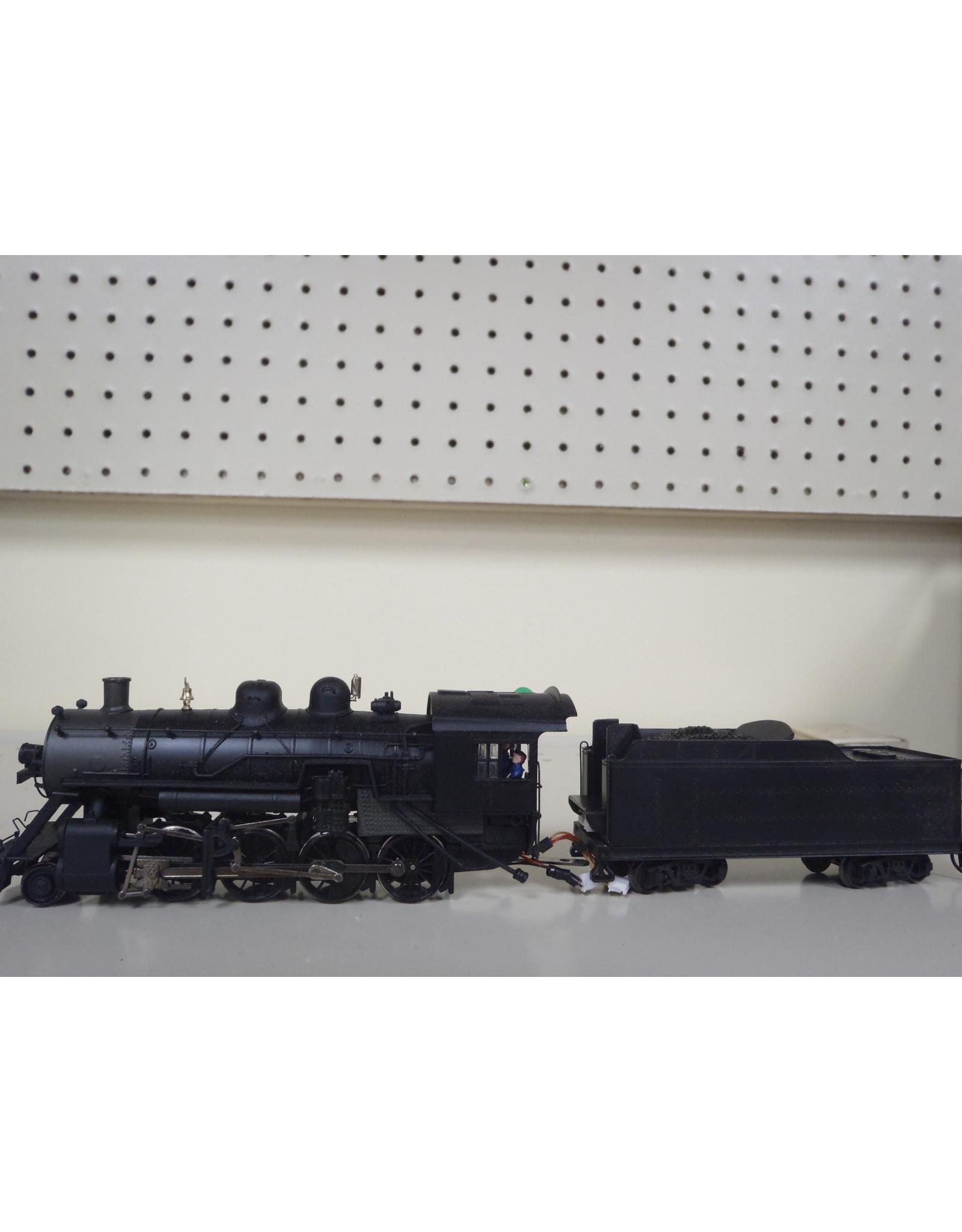 Bachmann Steam Engine Baldwin 2-8-0 w/Tender 11410