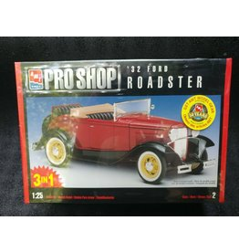 AMT AMT 32 Ford Roadster model 1/24