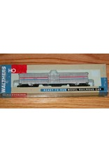 Walthers 60' Material Handling Car (MHC) - Single Car Ready to Run -- Amtrak(R) Phase III(used)