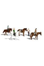 Woodland Scenics Horseback Riders HO 1889