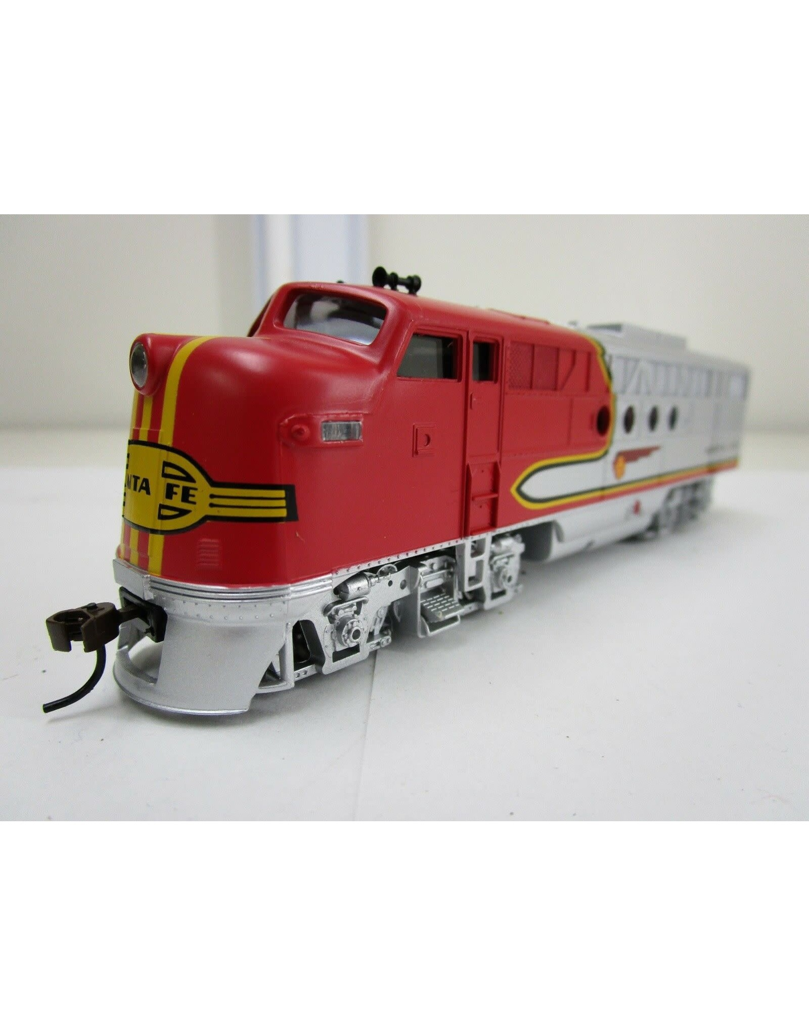 Bachmann Bachmann HO Scale Locomotive Train Diesel Santa Fe Flyer DCC On Board