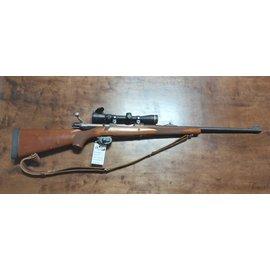 375 Ruger  -  Used Ruger  M77  Hawkeye  w Leupold  vx-III 2.5-8x36