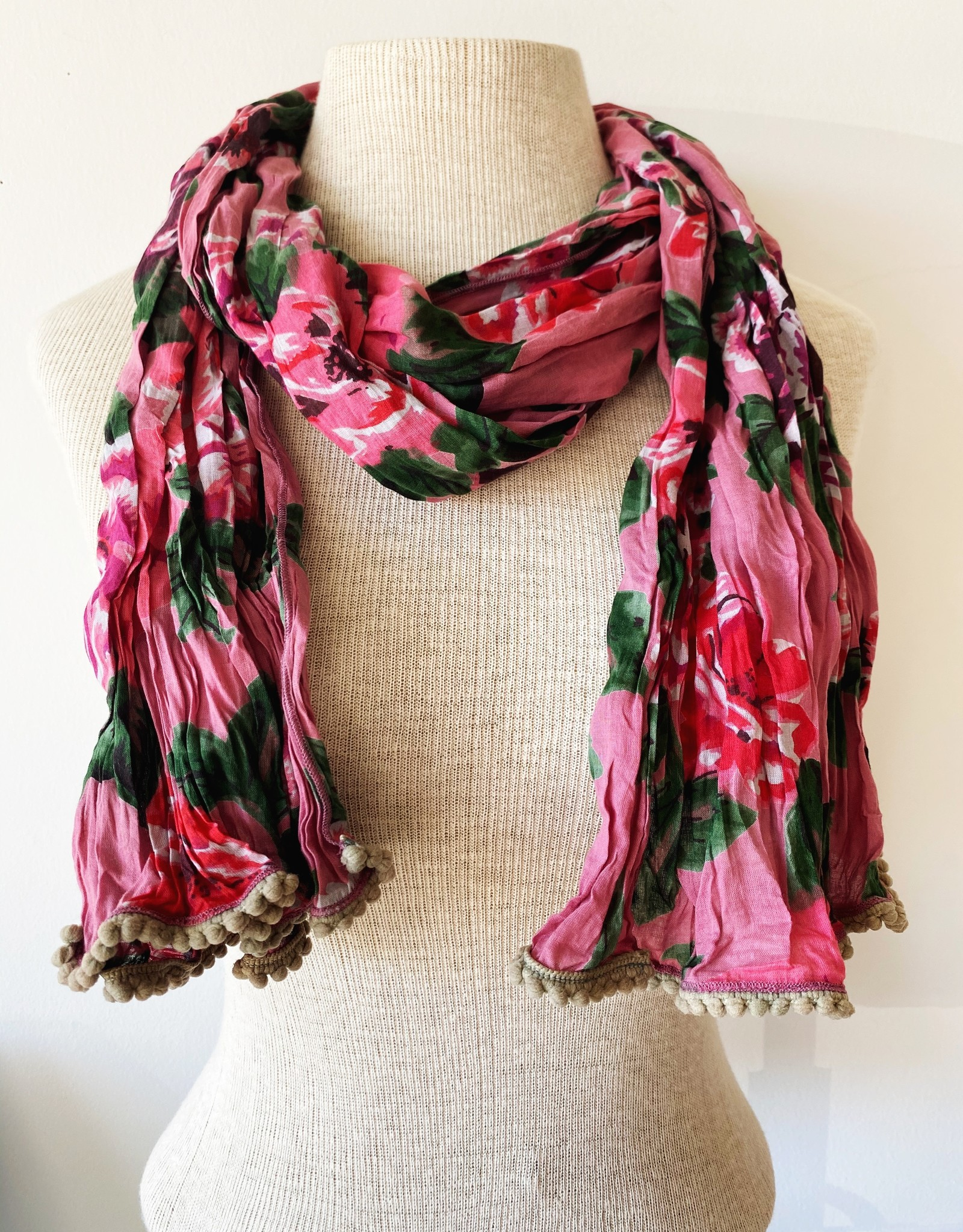 LITTLE JOURNEYS INCOEA LITTLE JOURNEYS TEA ROSE SCARF