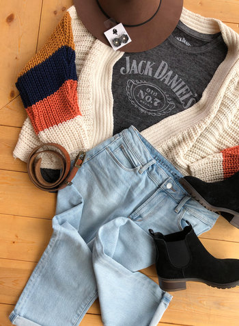 Jack Daniel's Tee Outfit