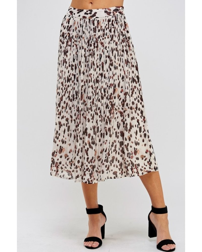 Get Spotted Pleated Skirt