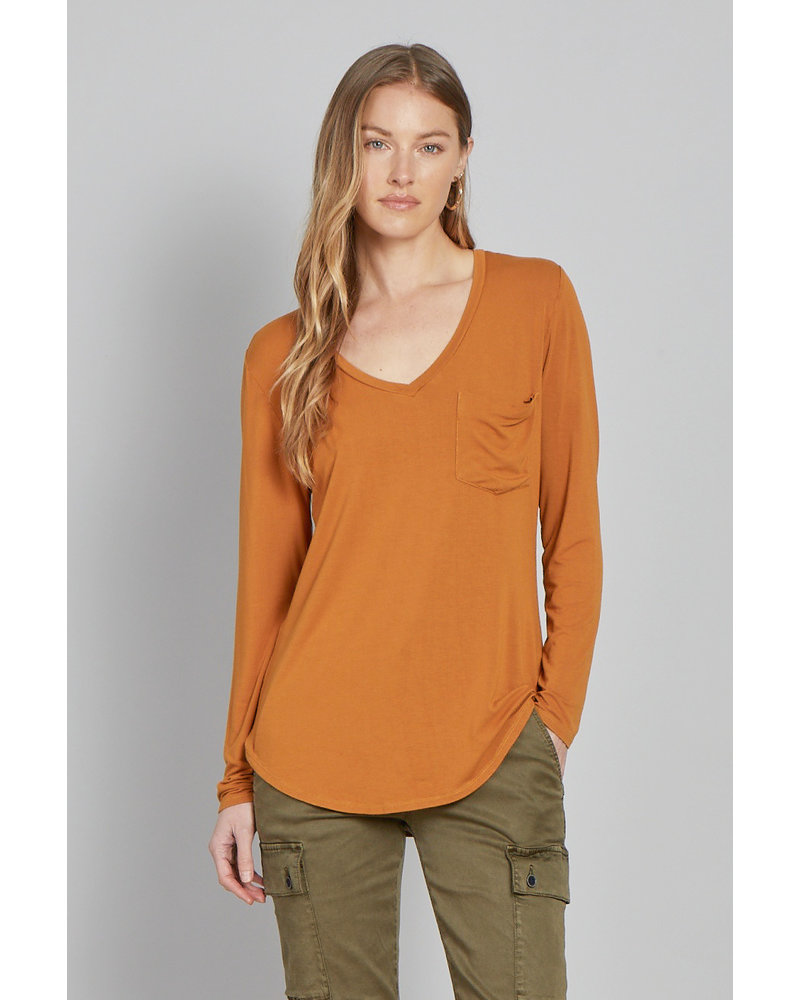 Molly V-Neck Pocket Tee