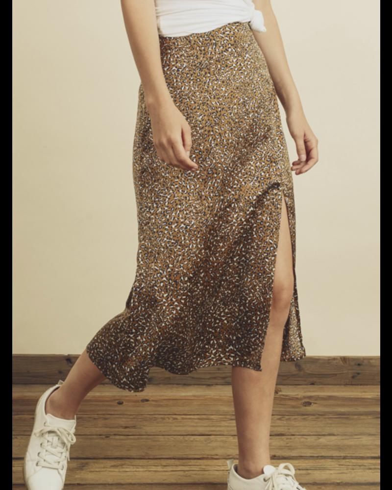 Dress Forum Chilling Cheetah Slit Skirt