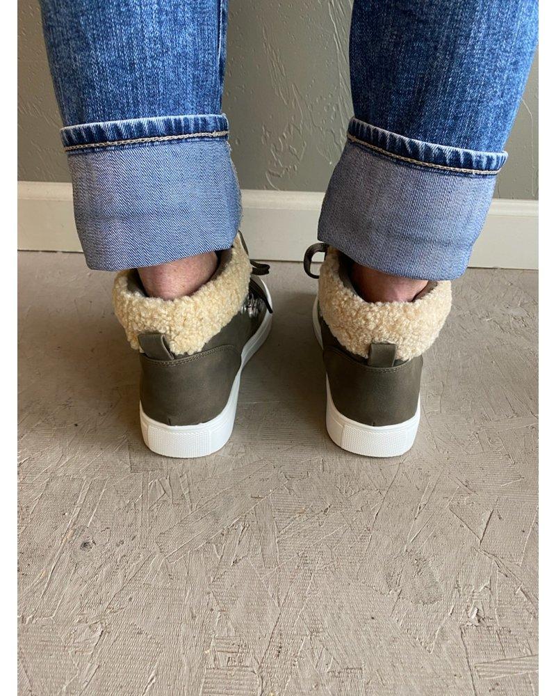 Adair Sneaker