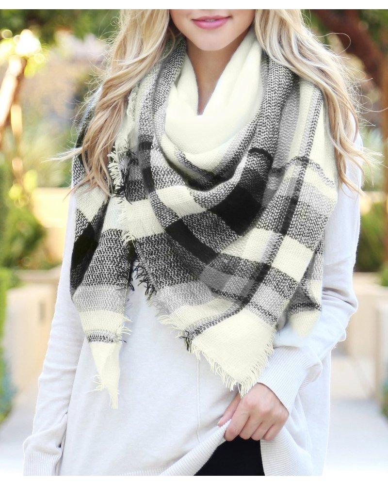 Riah Fashion Blanket Fringed Scarf Black