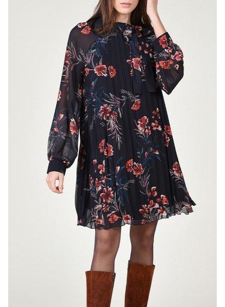 Molly Bracken Daytime Dryflowers Dress