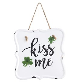 Darice Kiss Me Metal Sign Plaque 6x6 Irish St Patricks Day Decor