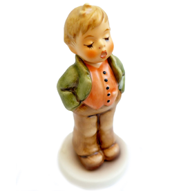 Club Year Figurine Steadfast Soprano 848 M I Hummel Club