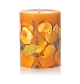 Rosy Rings Spicy Apple Small Round Botanical Candle Pillar 5.5Hx4.5D