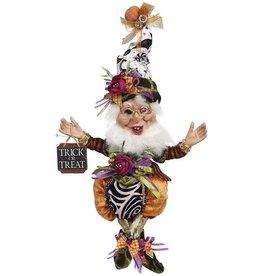 Mark Roberts Fairies Elves Pumpkin Elf w Trick Or Treat Halloween Sign