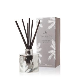 Frasier Fir Reed Diffuser Set Petite Pine Needle Design 4oz