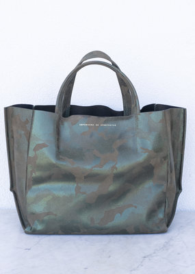 Ampersand As Apostrophe Half Tote - Metallic Camo