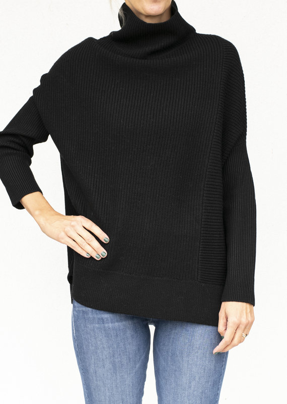 NFP Ribplay Turtleneck Pullover Black