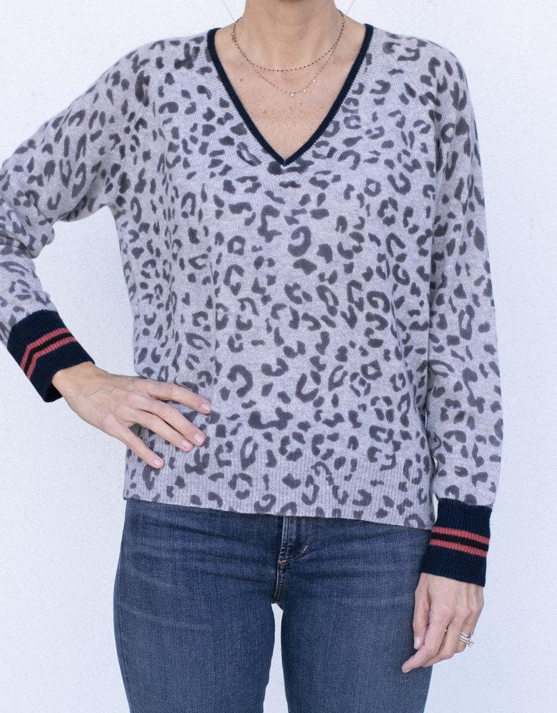 360 Cashmere Rachel Leopard Vee