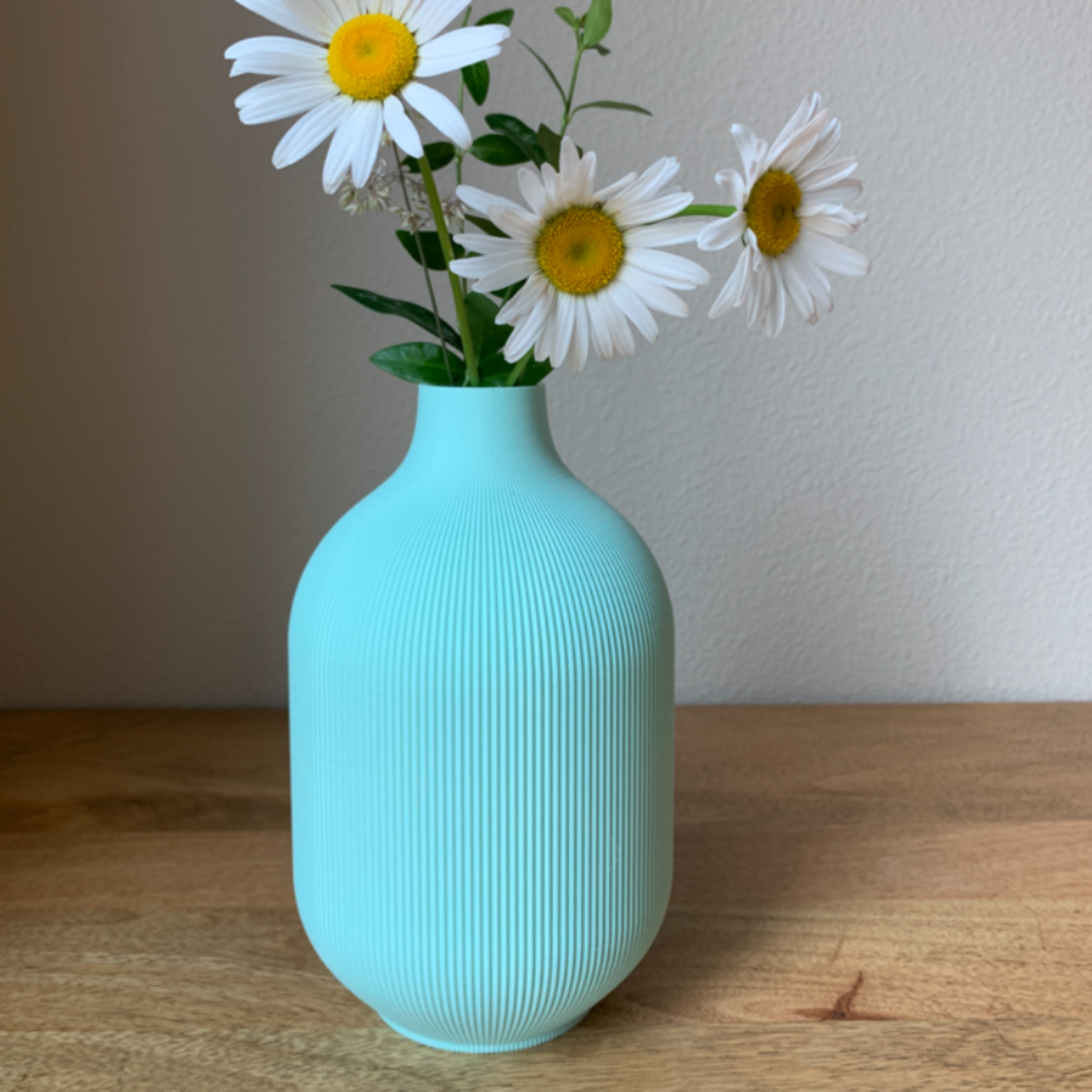 honey & ivy Aspen Vase