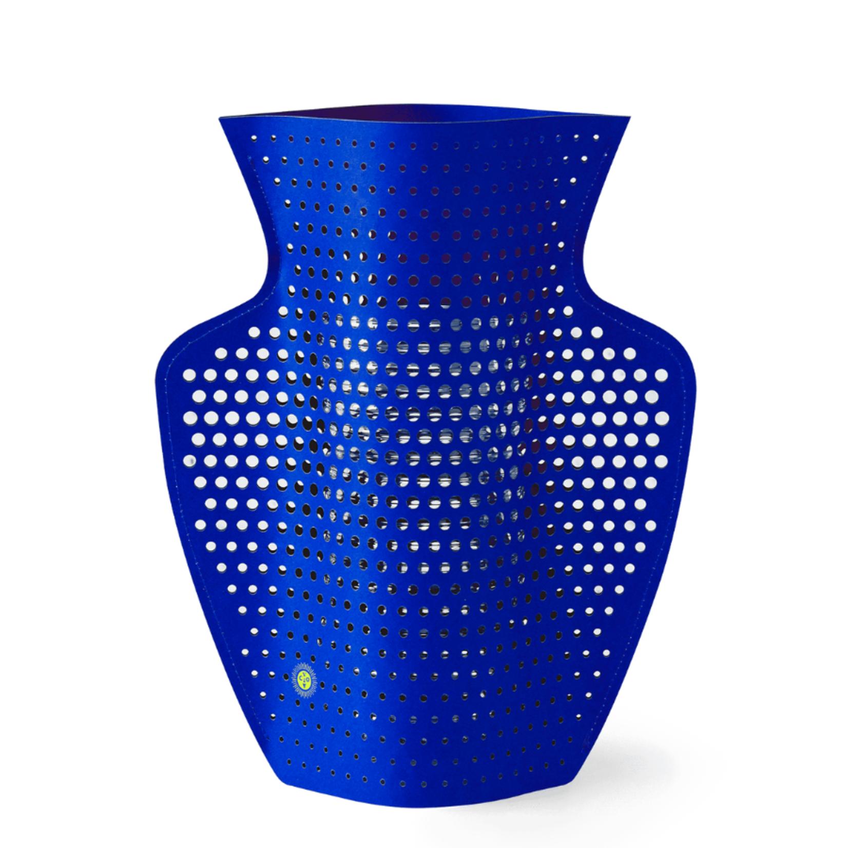 Octaevo Paper Vase