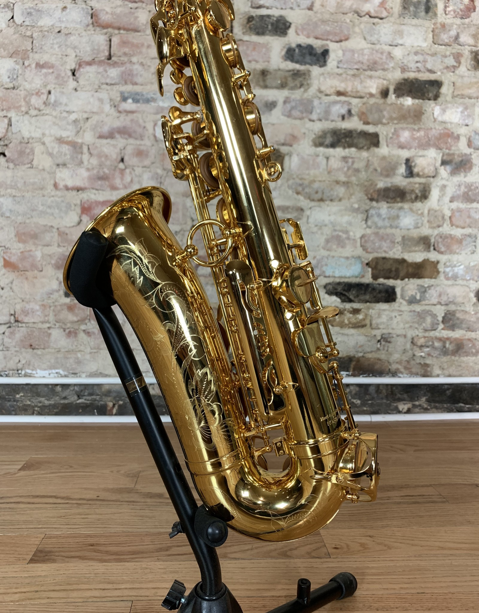 JL Woodwinds JL Woodwinds New York Signature Series 18k Gold Plated Alto Saxophone