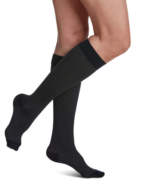 830 Style Microfiber Patterns Calf Sigvaris Compression Stockings Navy Heather (23)