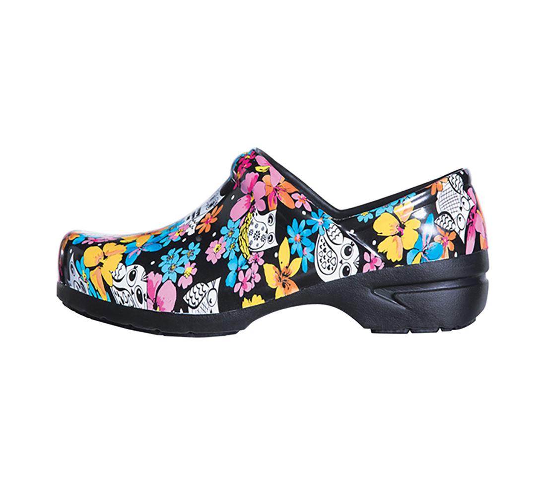 ANYWEAR Anywear Women's Nursing Shoes Fine Feathered Friends FIFF 9