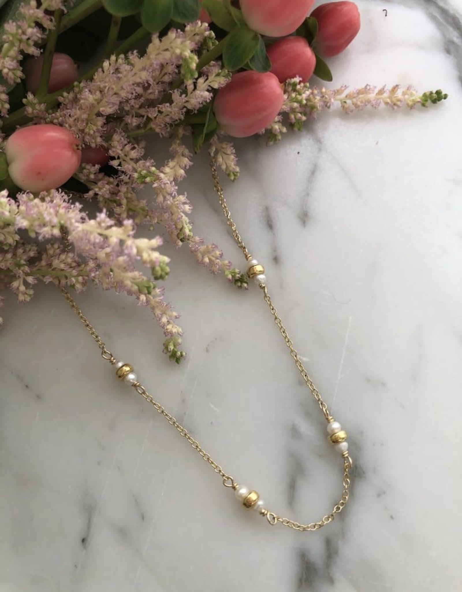 """Flora Ciccarelli Collier 15"""" - Perles d'eau douce et billes"""