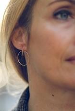 """Flora Ciccarelli Boucles d'oreilles 2"""" gold-filled avec composante ronde avec tige (216-110)"""