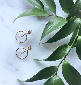 """Flora Ciccarelli Boucles d'oreilles 1"""" en gold-fill avec composante ronde avec tige (117-103)"""
