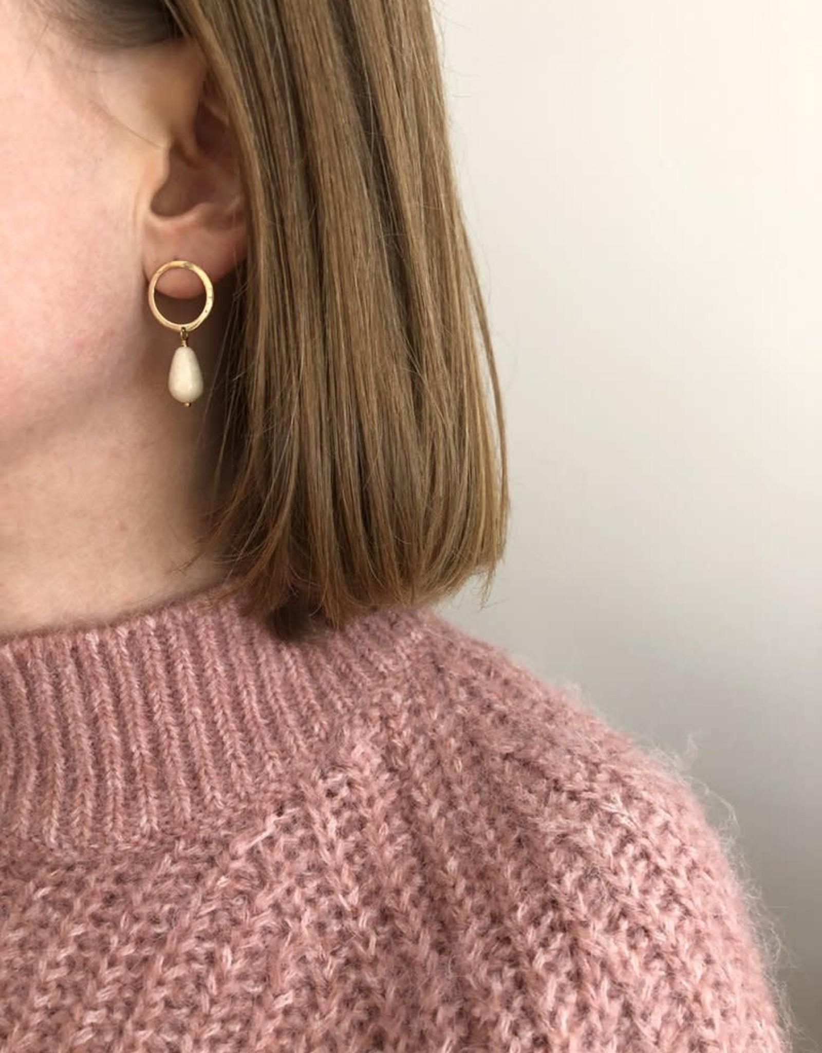 """Flora Ciccarelli Boules d'oreilles 1.25"""" avec anneau (tige) 16mm et goutte riverstone (219-108)"""