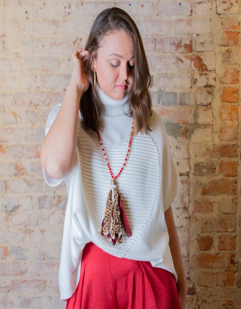 Easel Daisy Heart Sweater