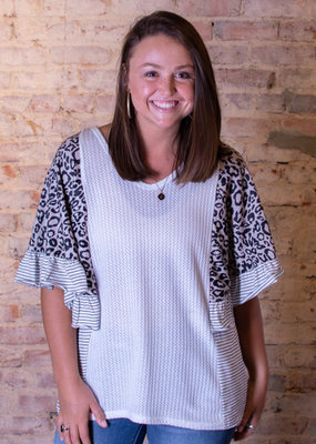 Southern Grace Trendsetting Trifecta Top - Earline
